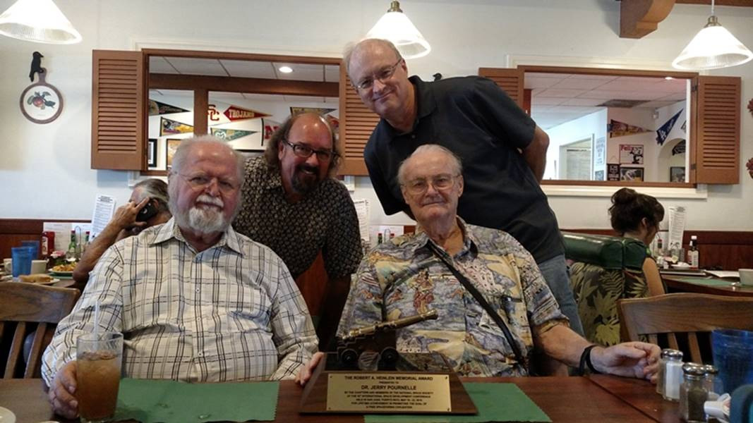 From left to right: Larry Niven, Dave Dressler, Alex and Jerry Pournelle at the Four 'n 20 in West LA