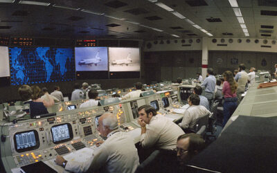 """""""Shuttle Mission Control"""" Provides Fascinating Insider Look At Shuttle History"""