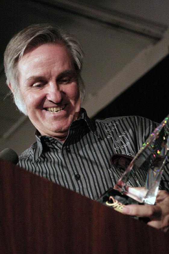 2006 ISDC Burt Rutan with NSS Award
