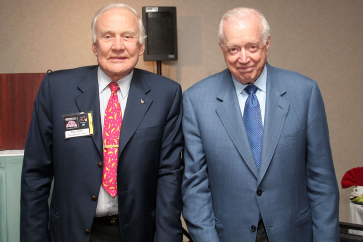 Buzz Aldrin and Hugh Downs Pose at 2006 International Space Development Conference