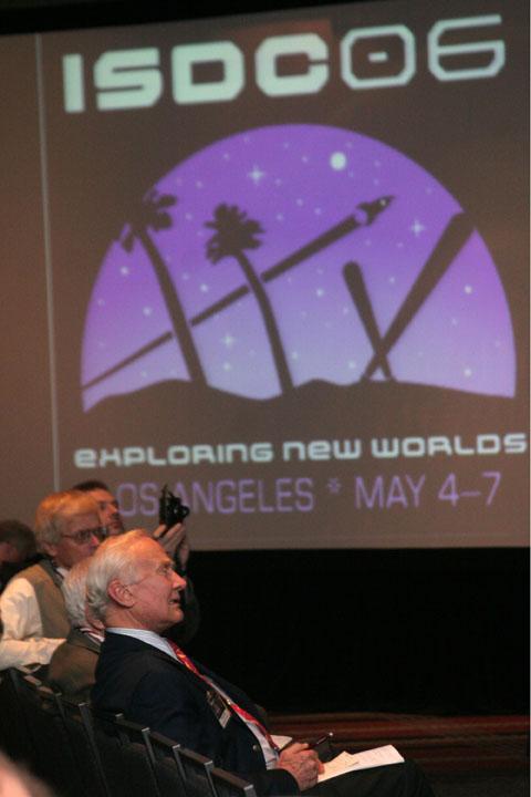 Buzz Aldrin listening at 2006 International Space Development Conference