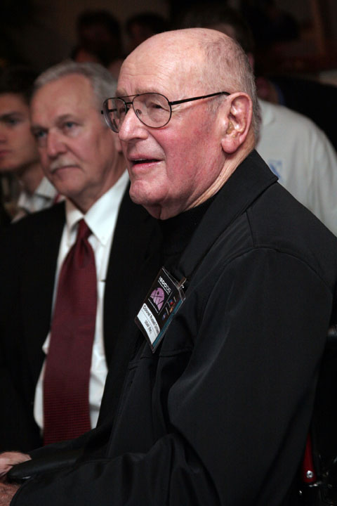 Colonel Russell Schleech accepts the Robert A. Heinlein Memorial Award on behalf of General Chuck Yeager at 2006 International Space Development Conference