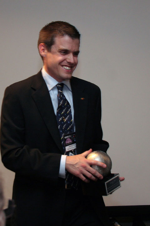 Jeremy Pyle receives NSS award at 2006 International Space Development Conference