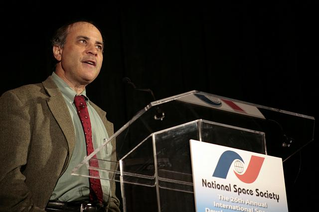 Mars Society founder Robert Zubrin speaks about exploring Mars at the International Space Development Conference