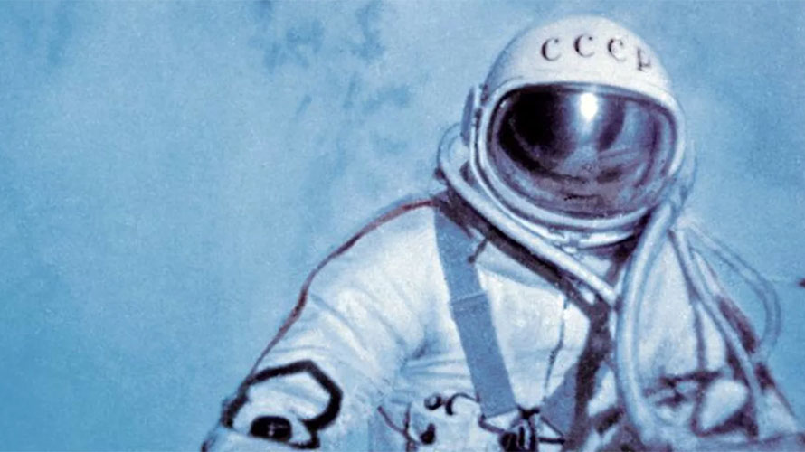 Alexei Leonov first spacewalk