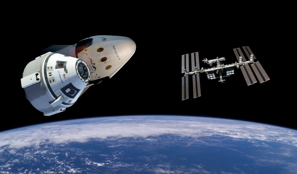 Dragon 2 and CST-100 Starliner Spacecraft Compared