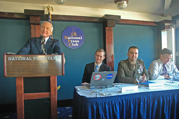 buzz aldrin speaking at national press club space solar power 2007 press conference