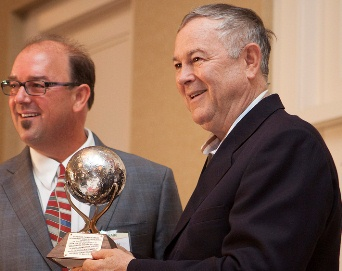 Rep Rohrabacher 2013 Pioneer award